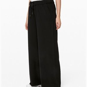 Lululemon On The Fly Wide Leg Woven Pant